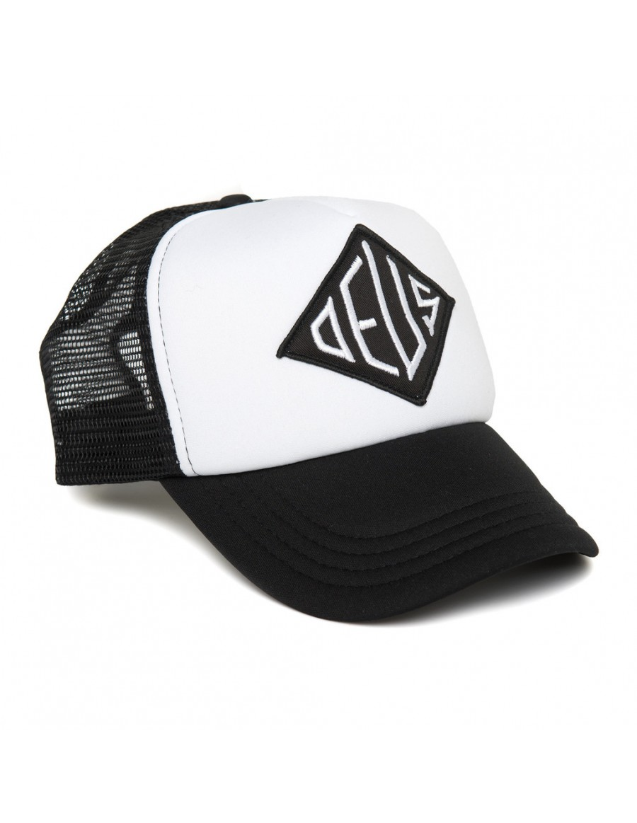 DEUS Oscar Trucker cap- Black-White