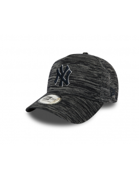 New Era Engineered Fit Trucker cap NY Yankees - Black