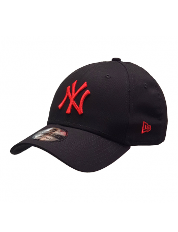 New Era 9Forty Curved cap (940) NY Yankees - Red on black